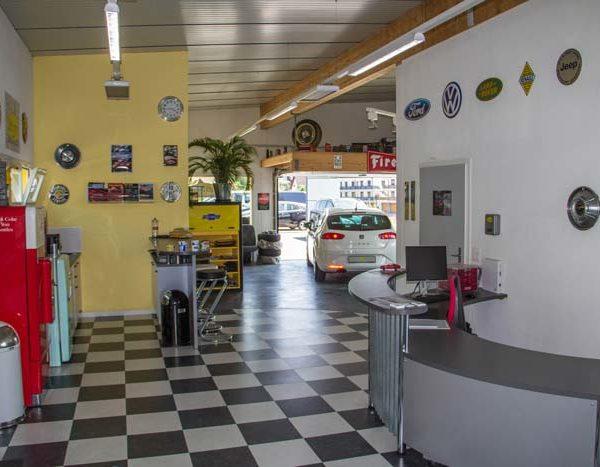 Unser Bar- und Ablieferbereich aus Eingangssicht